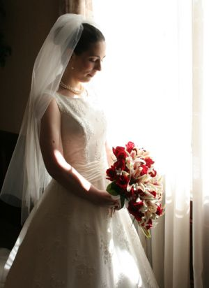 0021bridewindowlight.jpg